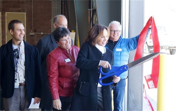 Airport Project Ribbon Cutting
